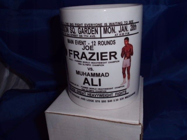 Ali v's Fraisier Thrilla in Manila personalised mug